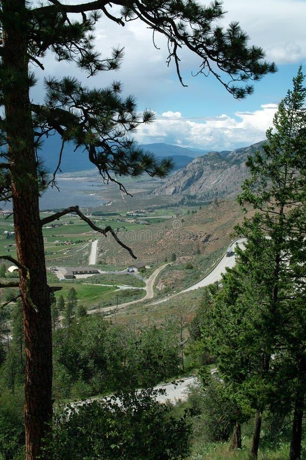 Carretera de Crowsnest, # 3 provinciales, Osoyoos A.C. Canadá foto de archivo libre de regalías