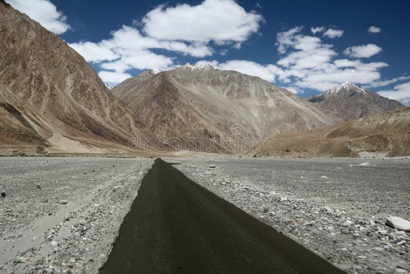 Carretera de Ladakh foto de archivo libre de regalías