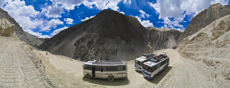 Carretera Himalayan de Kahsmir a Leh fotos de archivo libres de regalías