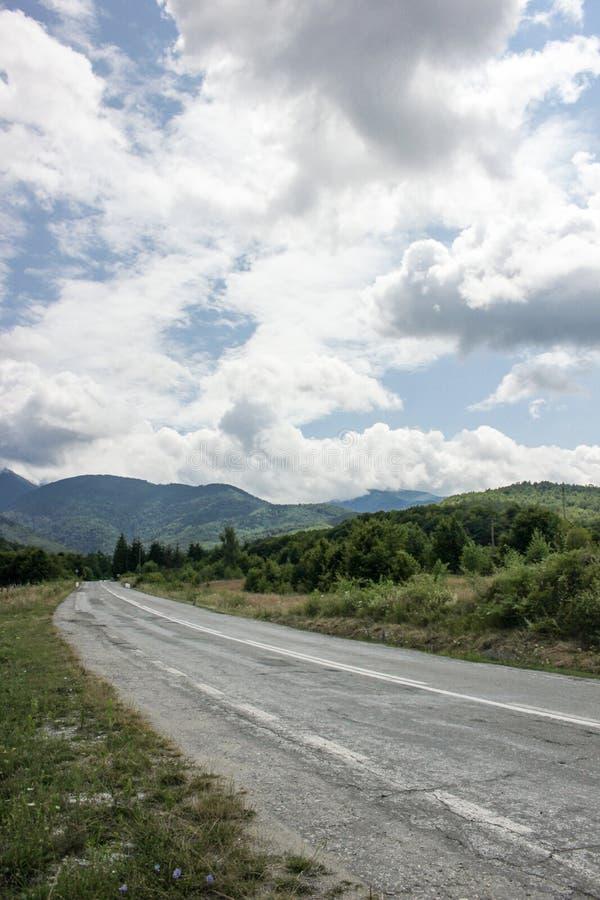 Carretera a las montañas Camino de Transfagarasan rumania imagen de archivo libre de regalías