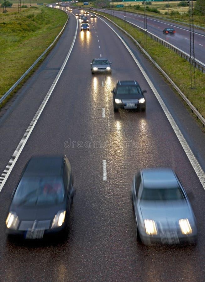 Carretera lluviosa imagen de archivo