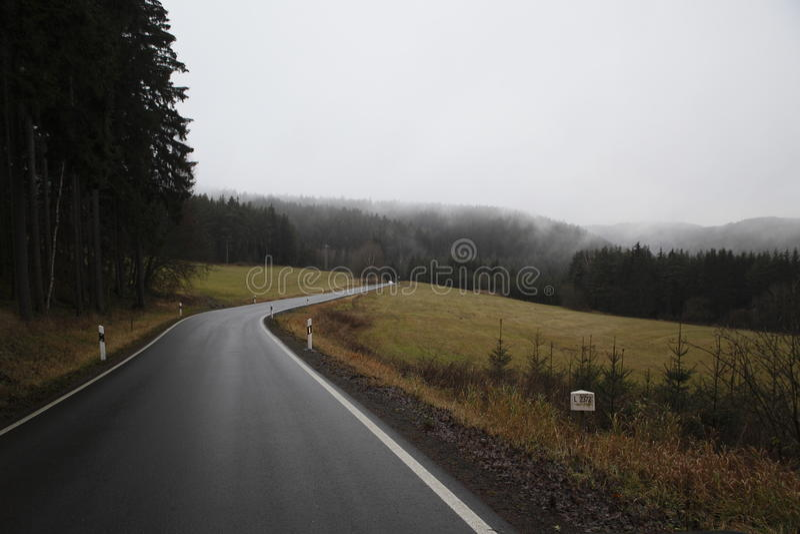 Carretera nacional en otoño fotografía de archivo libre de regalías