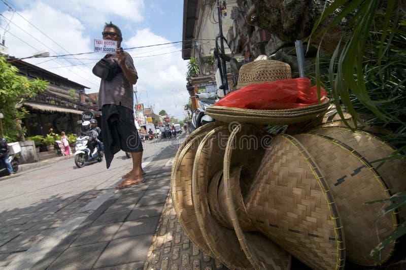 Carretera principal de Ubud durante un día soleado foto de archivo libre de regalías
