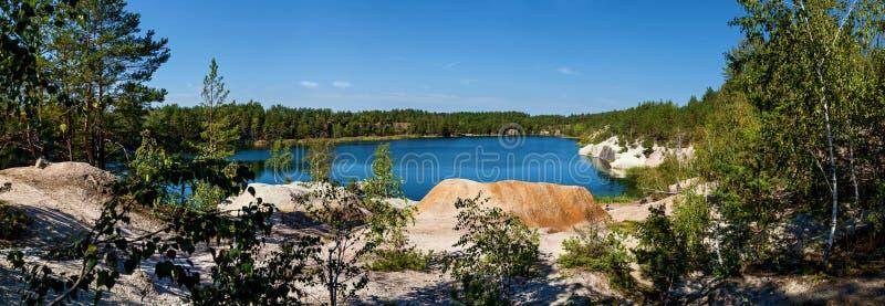 Carrière de granit de Korostyshevsky de panorama photo stock