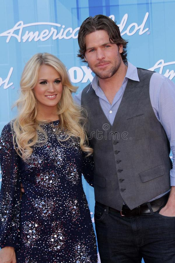 Carrie Underwood und Mike Fisher an   stockbilder