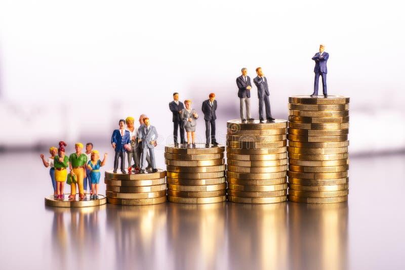 Carriera e reddito aumentante fotografia stock