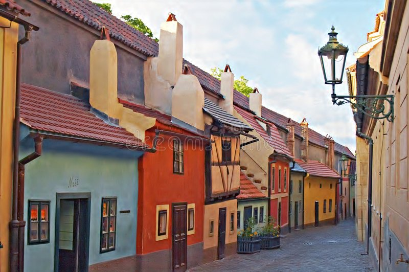 Carril de oro, castillo de Praga imagen de archivo libre de regalías
