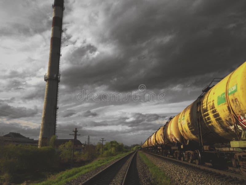 Carriles sin el tren imagen de archivo