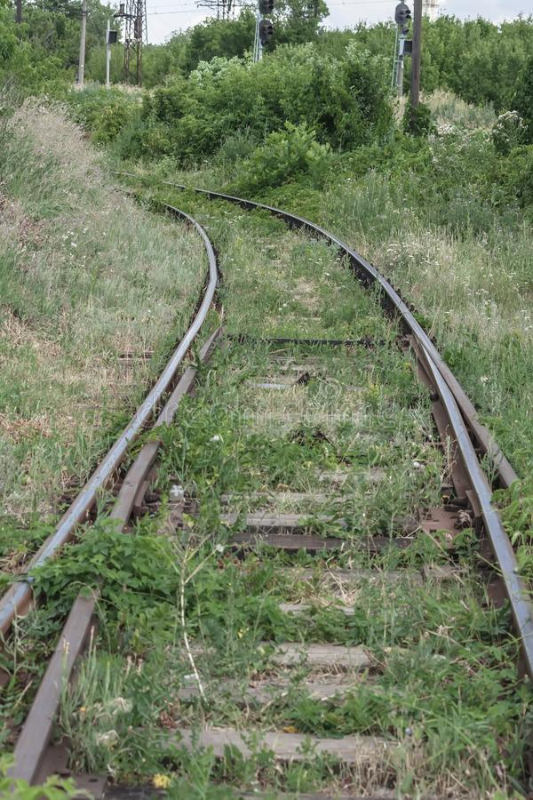 Carriles y lazos cruzados Camino ferroviario, concepto, primer foto de archivo