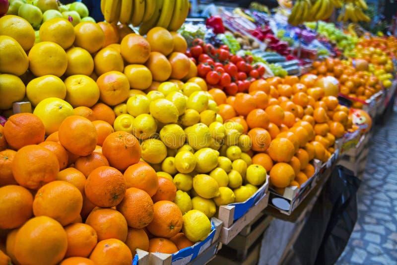 Carrinho de fruta fotografia de stock