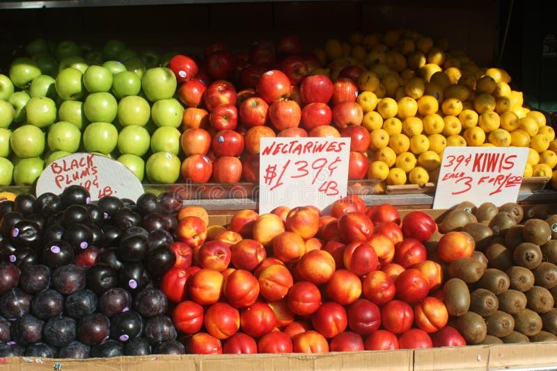 Carrinho de fruta foto de stock royalty free