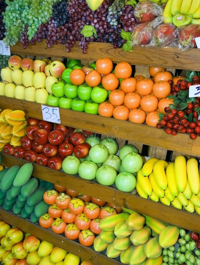 Carrinho de fruta tailandês fotografia de stock royalty free