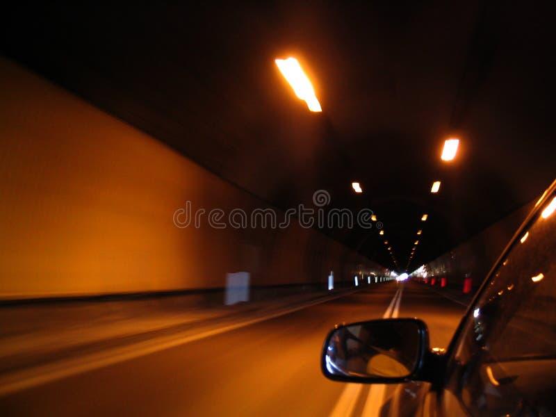 Download Carro imagem de stock. Imagem de subway, vermelho, concreto - 542691