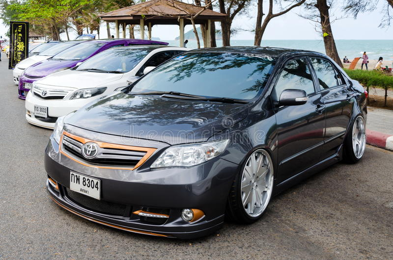 Carro ajustado Toyota Corolla Altis imagens de stock royalty free