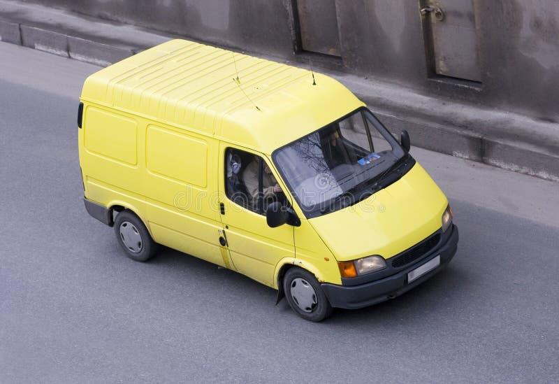 Carro amarillo de van car (camión) foto de archivo
