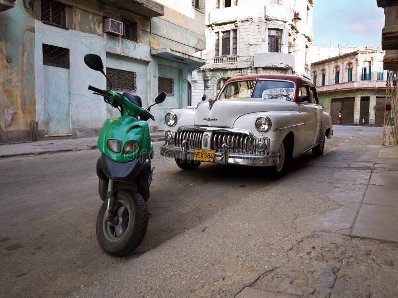 Carro Americano Clássico Em Havana Velho Imagem Editorial