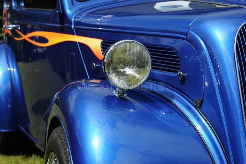 Carro azul clássico foto de stock