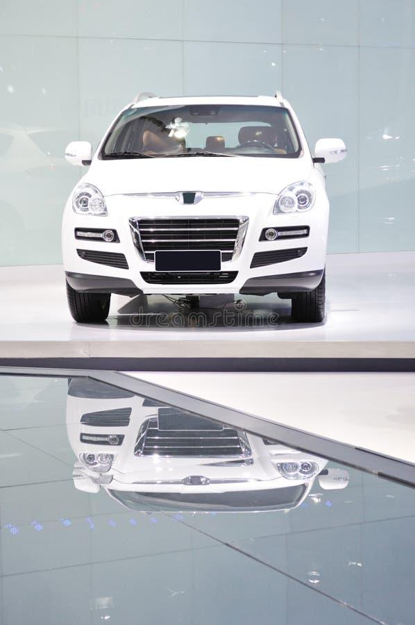 Carro branco novo imagem de stock royalty free
