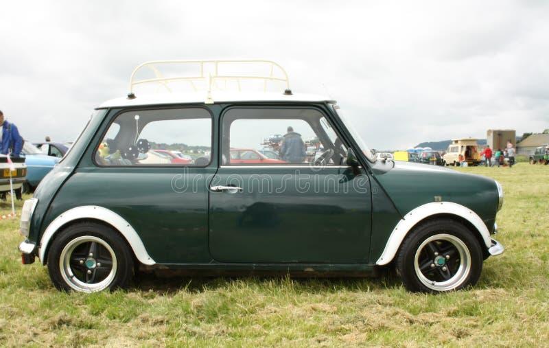 Carro britânico velho imagens de stock