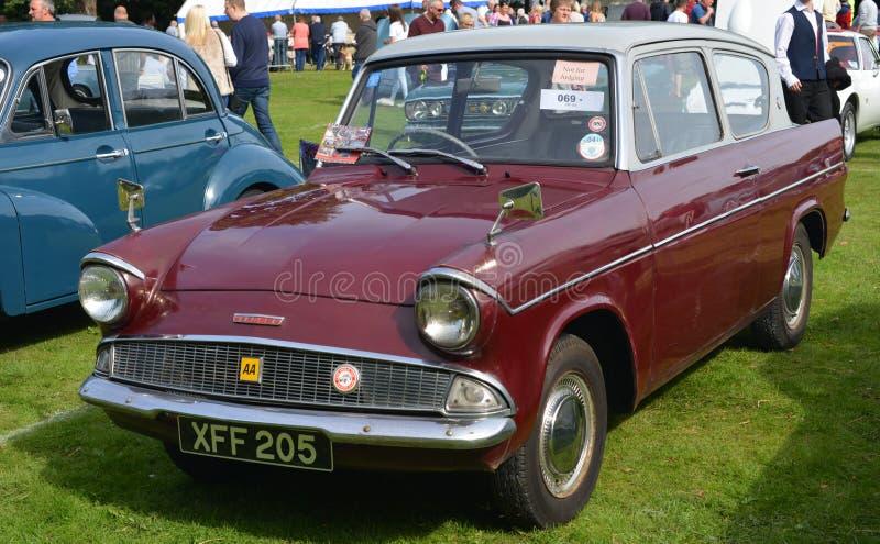 Carro clássico do vintage do anglia de Ford imagem de stock royalty free