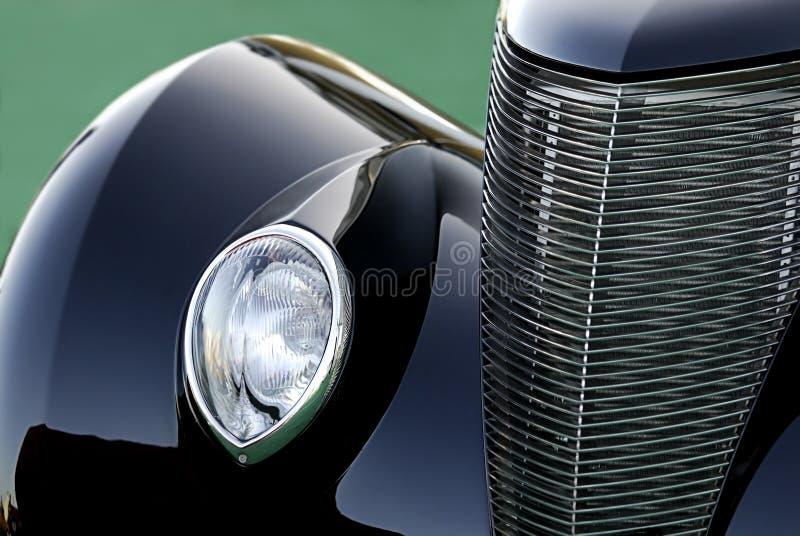 Carro clássico do vintage no preto: Sumário foto de stock royalty free