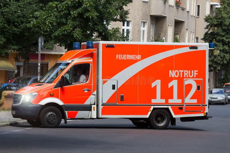 Carro da ambulância fotografia de stock