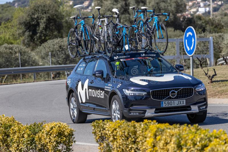 Carro da equipe da estrada de Volta que dá um ciclo em Catalonia na fase 3 de Sant Feliu de Guixols a Vallter 2000 27 03 Espanha  fotos de stock