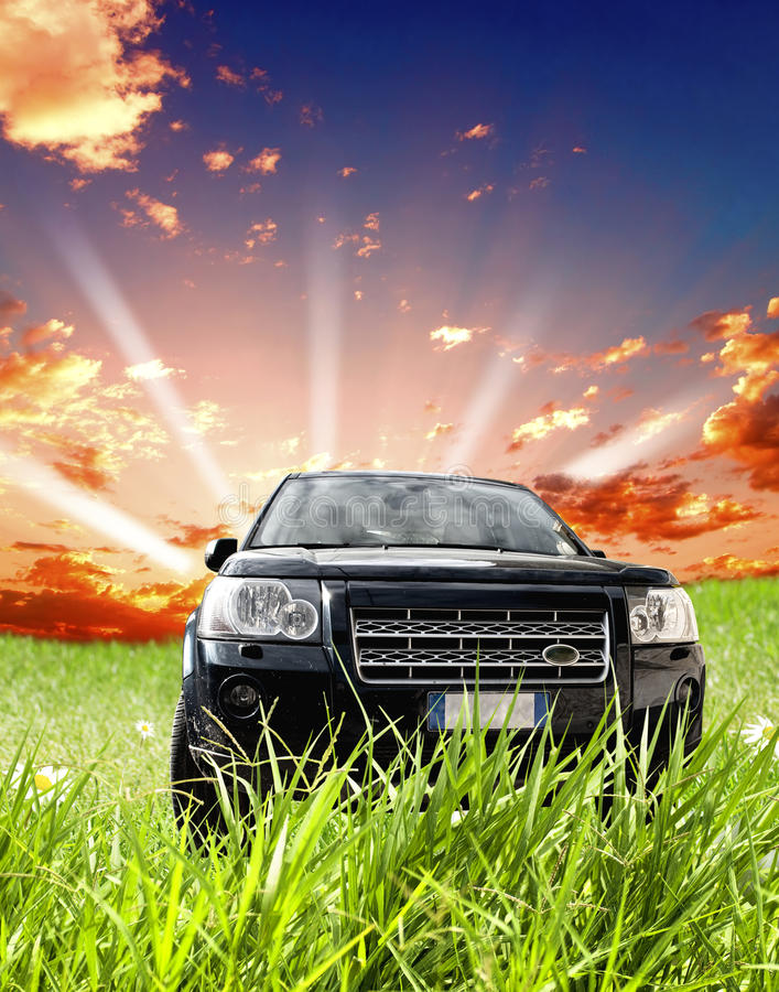 Carro da movimentação de quatro rodas imagem de stock royalty free