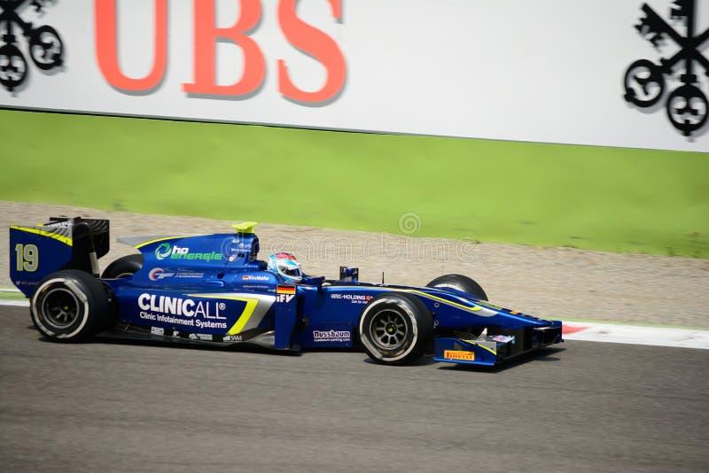 Carro da série GP2 conduzido por Marvin Kirchhöfer imagens de stock royalty free