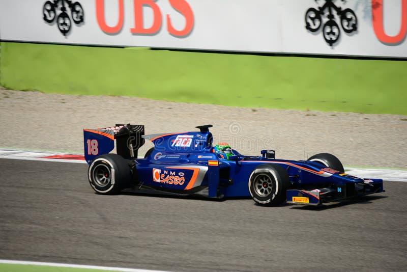 Carro da série GP2 conduzido por Sergio Canamasas imagens de stock royalty free