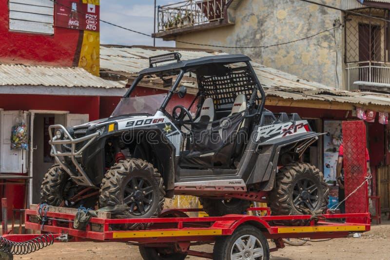Carro de Allroad em Madagáscar fotografia de stock royalty free