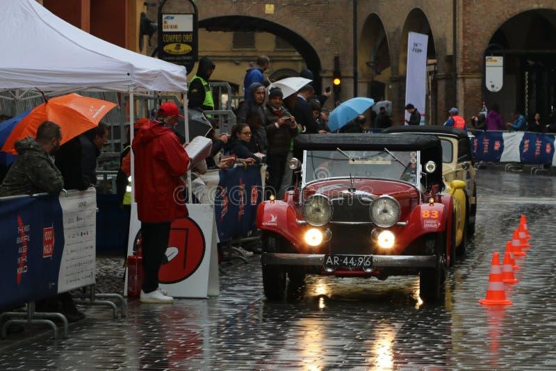 Carro de Alvis, Mille Miglia, raça de carro histórica, Modena, em maio de 2019 fotos de stock