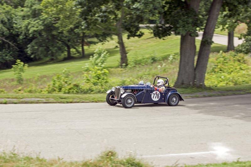 Carro de corridas grande 776 de Prix do vintage imagens de stock