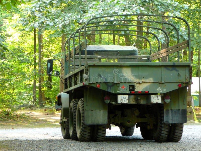 Carro de ejército de sobra