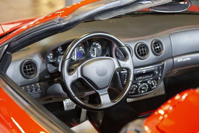Carro de esportes vermelho feito em Itlay fotografia de stock royalty free