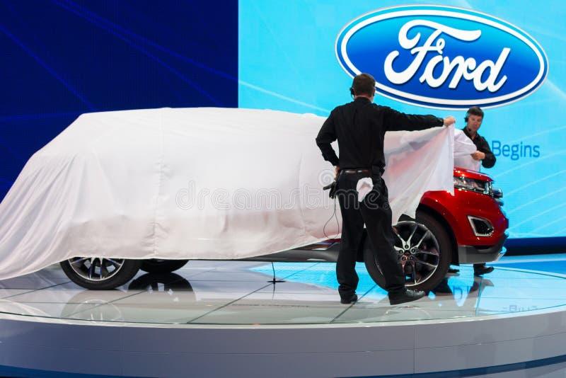 Carro de Ford Escape na exposição na feira automóvel do LA. fotos de stock