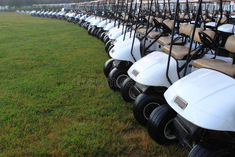 Carro de golfe imagem de stock royalty free