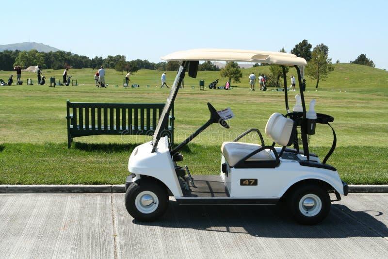 Carro de golfe fotografia de stock royalty free