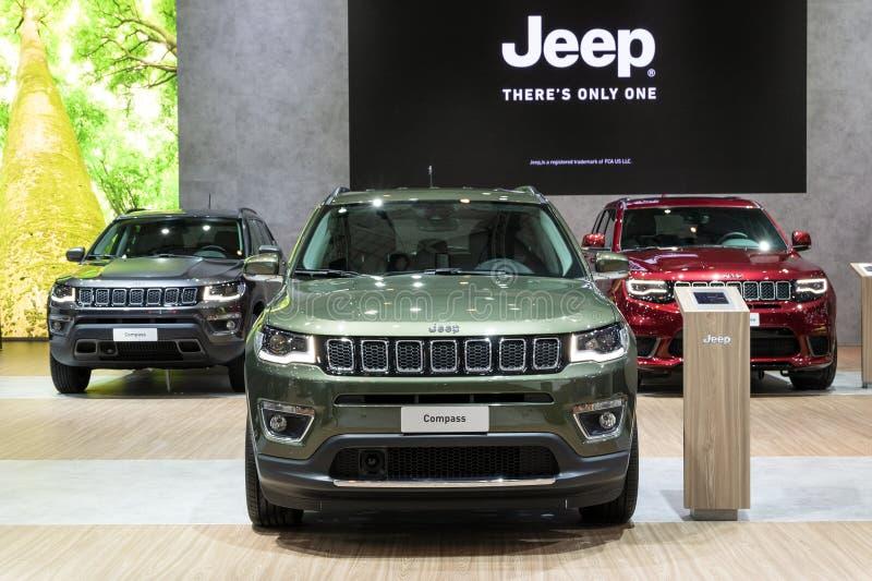 Carro de Jeep Compass fotos de stock