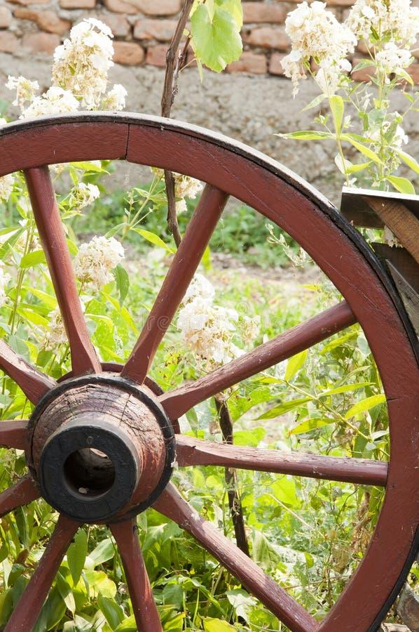 Carro de madera viejo fotografía de archivo libre de regalías