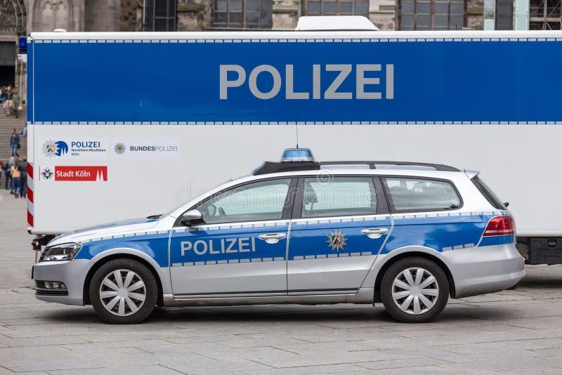 Carro de polícia alemão fotografia de stock royalty free