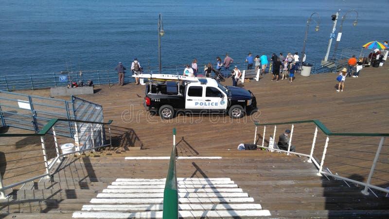 Carro de polícia do cais de Santa Monica foto de stock royalty free