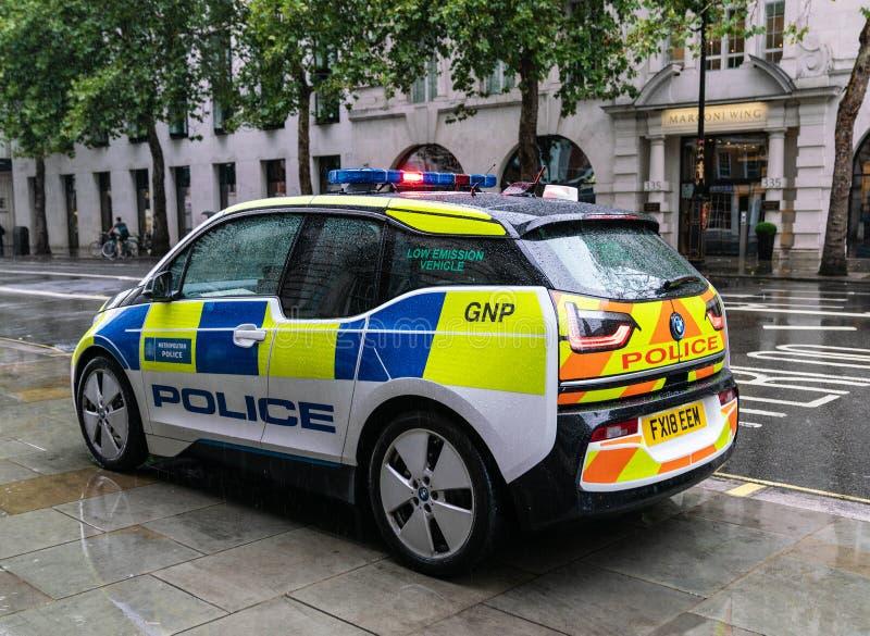 Carro de polícia híbrido de BMW I3 fotografia de stock royalty free