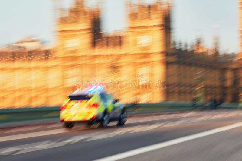 Carro de polícia no actio imagens de stock royalty free
