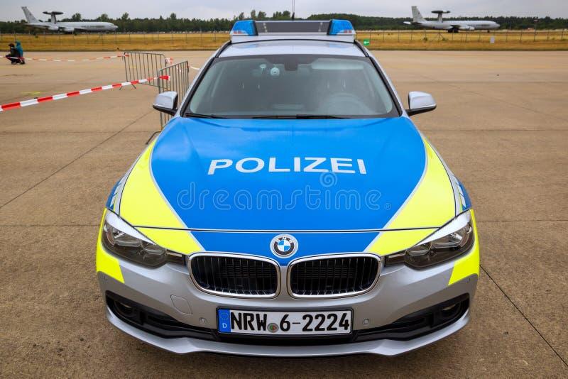 Carro de Polizei BMW do alemão fotografia de stock