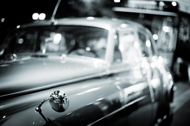 Carro de Rolls Royce do casamento no dia da união foto de stock royalty free