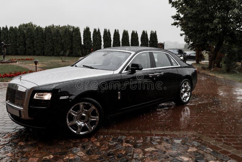 Carro de Rolls Royce Vista lateral imagem de stock