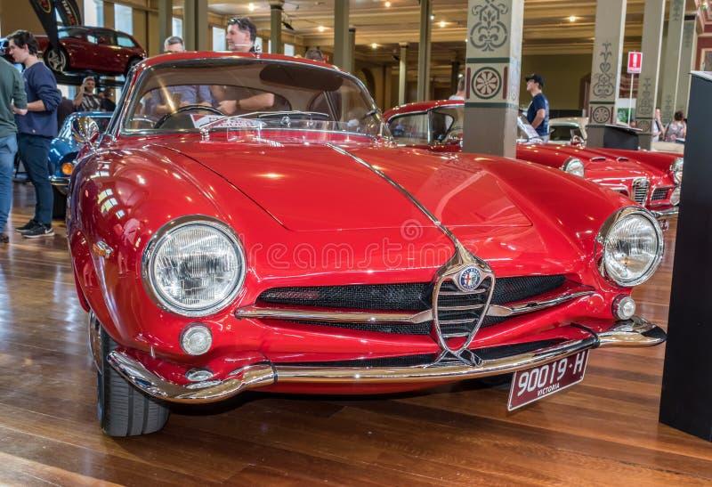 Carro 1964 de Romeo Giulia Sprint Speciale do alfa em Motorclassica imagem de stock