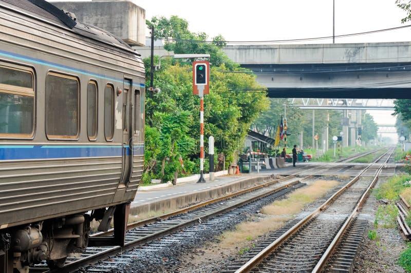 Carro de trilho expresso do diesel imagens de stock