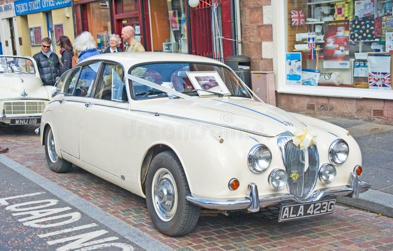 Carro do casamento do jaguar na reunião de Inverness fotografia de stock royalty free